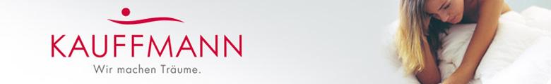 Kauffmann banner met het logo en een donsdeken